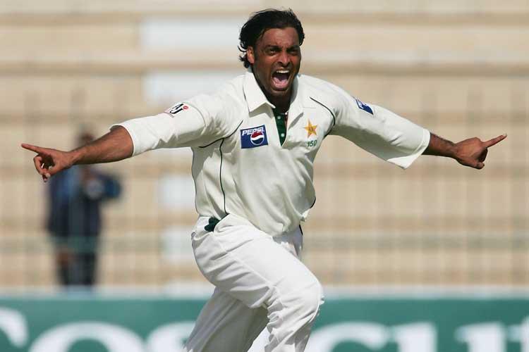 एडम गिलक्रिस्ट से लेकर शोएब अख्तर तक दिग्गजों ने टेस्ट जर्सी पर नाम नंबर के लिए आईसीसी की आलोचना की 4