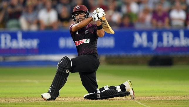 इंग्लैंड के टी20 ब्लास्ट में दिखी तूफानी बल्लेबाजी, एक ही ओवर में बना डाले 29 रन 4