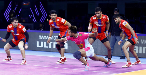 Vivo Pro Kabaddi Season-7: UP Warrior's 31-24 win over No. 1 team Jaipur Pink Panthers in 50th match
