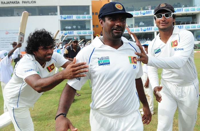 इस भारतीय गेंदबाज के खिलाफ बल्लेबाजी करने से डरते थे कुमार संगकारा, बताया मुश्किल गेंदबाज 2