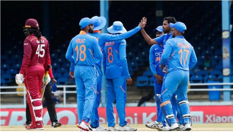 WATCH- भुवनेश्वर कुमार ने अपनी ही गेंद पर पकड़ा एक हाथ से ये अविश्वसनीय कैच, फिर ख़ुश हो कर किया कुछ ऐसा 2