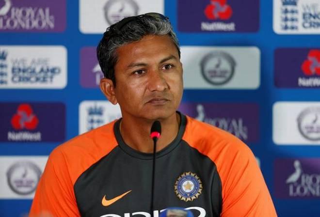 विश्व कप में विजय शंकर की चोट पर संजय बांगर ने किया बड़ा खुलासा, बताई पूरी सच्चाई