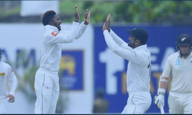 SLvNZ, पहला टेस्ट: पहले दिन मजबूर स्थिति में श्रीलंका, देखें स्कोरबोर्ड 2