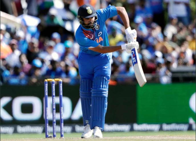भारत बनाम वेस्टइंडीज: रोहित शर्मा ने टी 20 में सर्वाधिक छक्के लगाने का क्रिस गेल का रिकॉर्ड तोड़ा 2