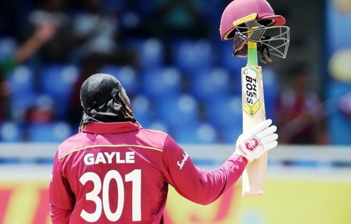 WATCH: भारतीय खिलाड़ियों ने क्रिस गेल को आउट होने के बाद ऐसे दी विदाई, संन्यास की अटकलें तेज तेज 3