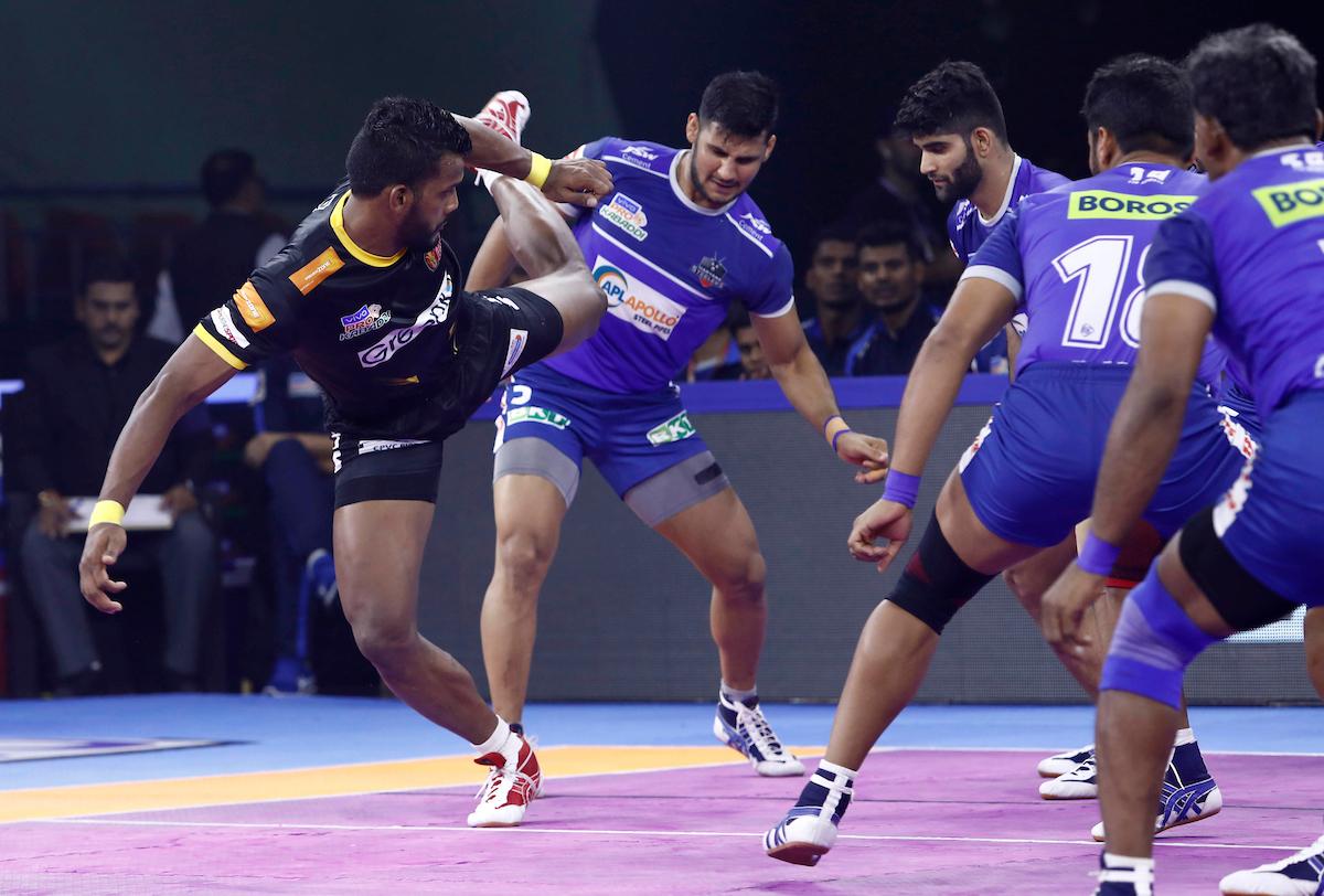 वीवो प्रो कबड्डी सीज़न-7: 47 वें मैच में तेलुगू टाइटन्स ने हरियाणा स्टीलर्स को 40-29 से दी मात, सिद्धार्थ बाहुबली देसाई रंग में लौटे 5
