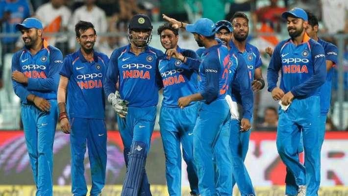 वेस्टइंडीज के खिलाफ इन चार खिलाड़ियों को पहले वनडे से बाहर रख सकते हैं विराट कोहली 11