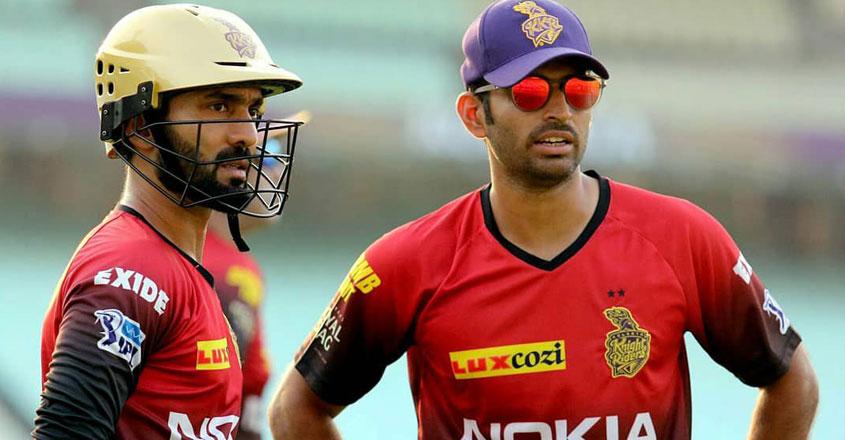 दिनेश कार्तिक को टी20 टीम में ना चुने जाने पर इस पूर्व भारतीय खिलाड़ी ने चयनकर्ताओं को लगाई फटकार 10