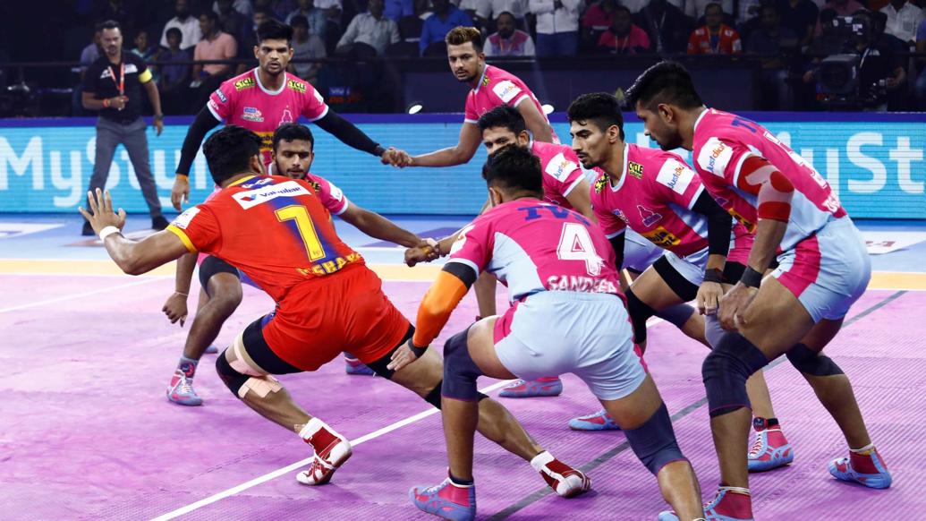 प्रो कबड्डी लीग 2019: यूपी योद्धा ने बड़ा उलटफेर करते हुए जयपुर पिंक पैंथर्स को हराया 6