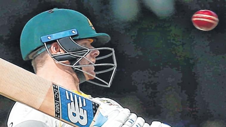 स्टीवन स्मिथ की चोट के बाद नेकगार्ड वाले हेलमेट को अनिवार्य करने की उठी मांग, ऑस्ट्रेलिया क्रिकेट टीम के डॉक्टर ने कही बड़ी बात