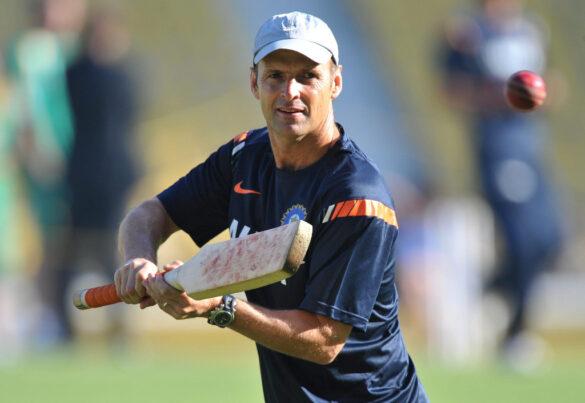 भारतीय टीम का कोच बनने के अफवाहों के बीच गैरी कर्स्टन बने इस टीम के मुख्य कोच 20