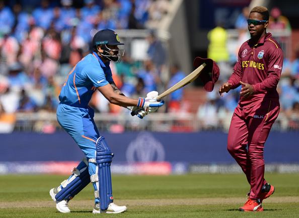 वेस्टइंडीज के खिलाफ वनडे मैच से पहले अनुष्का शर्मा के साथ लंच पर पहुंचे विराट कोहली, तस्वीरें आई सामने 1