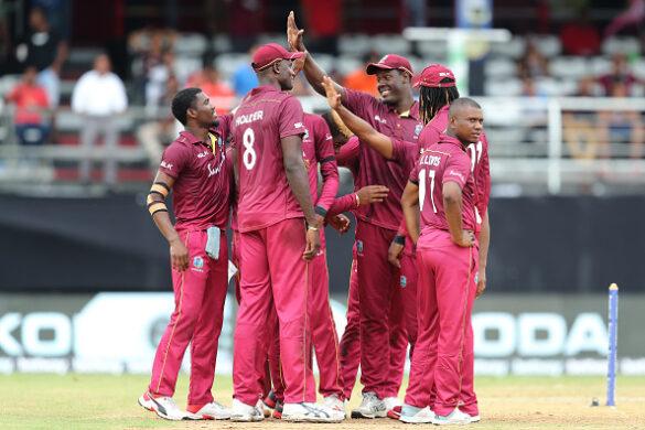 इस वजह से भारत के खिलाफ अंतिम मैच में काली पट्टी बांध मैदान पर उतरी थी वेस्टइंडीज टीम 11
