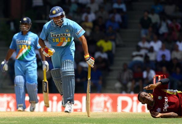 रोहित, धोनी या कोहली नहीं बल्कि इस भारतीय खिलाड़ी के नाम है सबसे तेज वनडे अर्द्धशतक लगाने का विश्व रिकॉर्ड 2