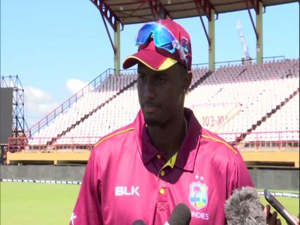 वेस्टइंडीज के कप्तान जैसन होल्डर ने इस दिग्गज खिलाड़ी का खास अंदाज में किया टीम में स्वागत 5
