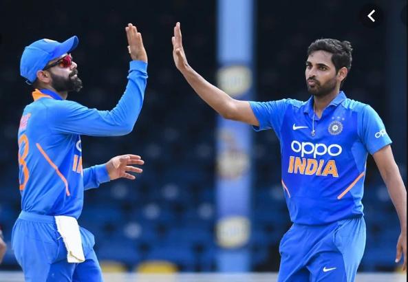 WATCH- भुवनेश्वर कुमार ने अपनी ही गेंद पर पकड़ा एक हाथ से ये अविश्वसनीय कैच, फिर ख़ुश हो कर किया कुछ ऐसा 3