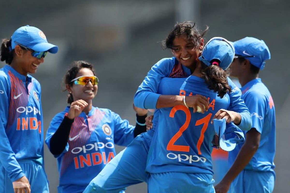महिला क्रिकेट टीम