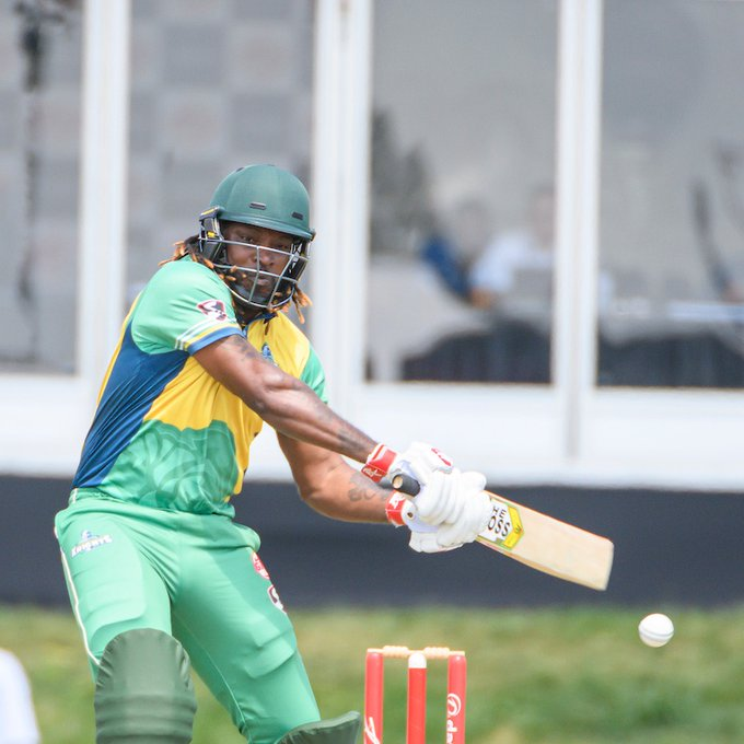 वीडियो- ग्लोबल टी-20 में क्रिस गेल ने इस पाकिस्तानी के एक ओवर में कूटे 32 रन, सोशल मीडिया पर आ रही ऐसी प्रतिक्रिया 3