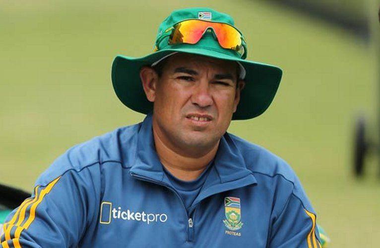 5 इंटरनेशनल क्रिकेट के कोच जिन्हें मिलती है सबसे ज्यादा सैलरी, टॉप पर है यह दिग्गज 1