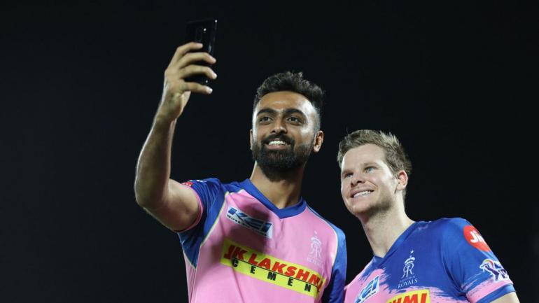जयदेव उनादकट को सोशल मीडिया पर फैन ने की ट्रोल करने की कोशिश, क्रिकेटर ने बंद की बोलती 2