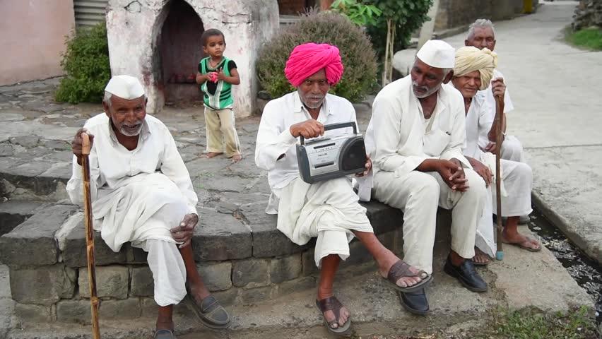 बीसीसीआई ने ऑल इंडिया रेडिओ से किया करार, फिर रेडियो पर सुन सकेंगे क्रिकेट की कमेंट्री 1