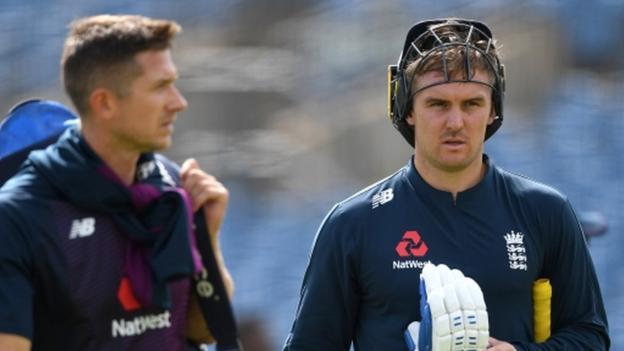 आयरलैंड के खिलाफ दूसरे वनडे मैच से ठीक पहले इंग्लैंड की टीम को बड़ा झटका, ये स्टार खिलाड़ी टीम से बाहर 1