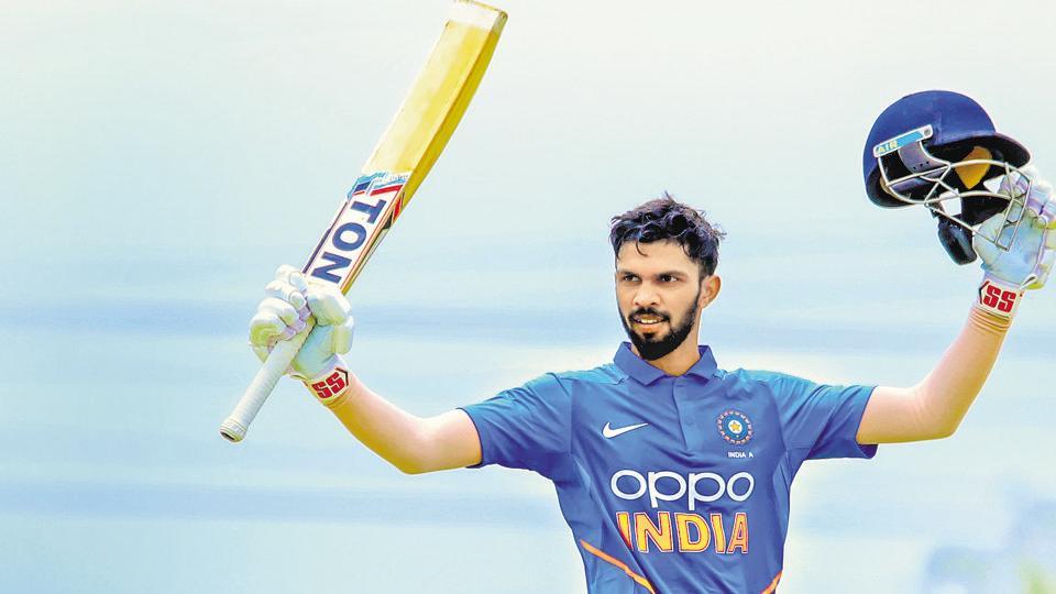 भारत को मिल चूका है धोनी का उत्तराधिकारी घरेलू क्रिकेट में लगा रहा है रनों का अंबार, खुद माही हैं इसके दिमाग के कायल 2