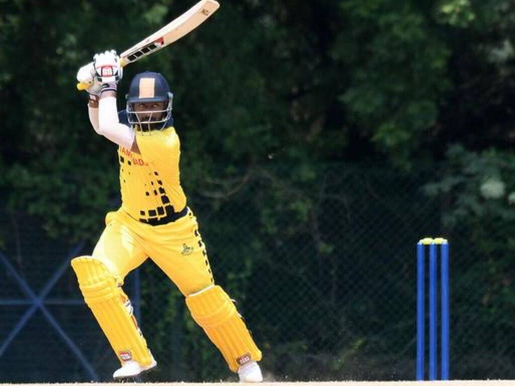 गुजरात के जयवीर सिंह ने विजय हजारे ट्रॉफी के इस सीजन का सबसे बेहतरीन कैच लपका 3