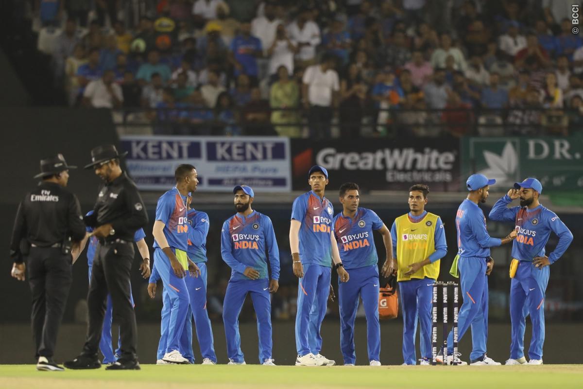 वीवीएस लक्ष्मण ने दूसरे टी-20 में भारत की जीत के बाद इन दो गेंदबाजों की जमकर तारीफ की 1