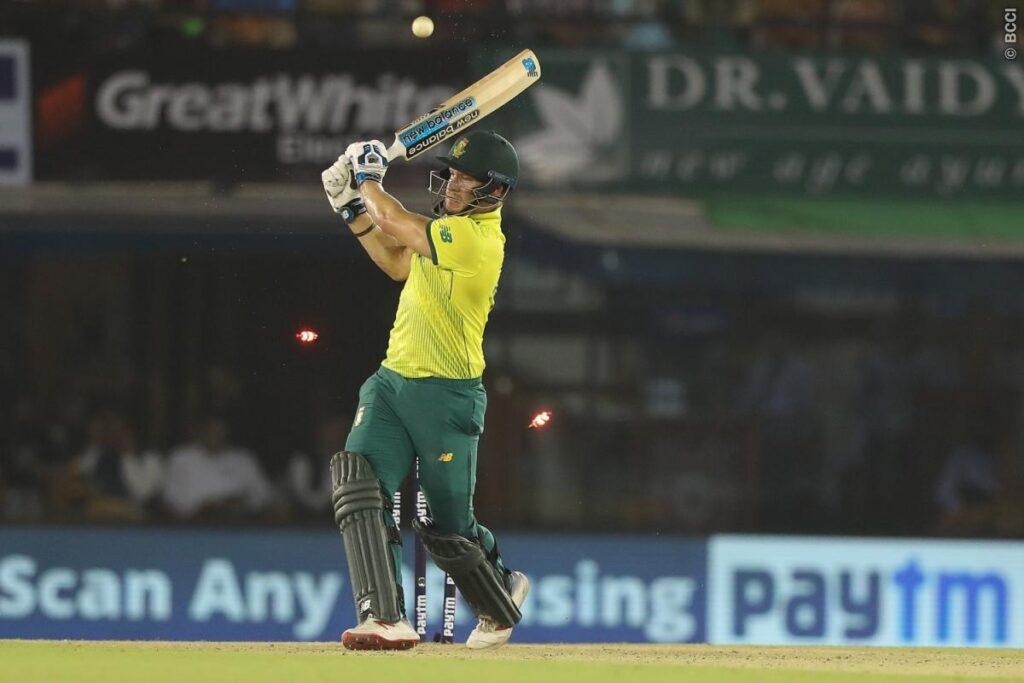 वीवीएस लक्ष्मण ने दूसरे टी-20 में भारत की जीत के बाद इन दो गेंदबाजों की जमकर तारीफ की 4