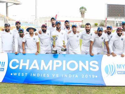हनुमा विहारी ने बताया, टेस्ट सीरीज जीतने के बाद विराट कोहली ने मेरे हाथ में दी ट्रॉफी तो हुआ कुछ ऐसा 12