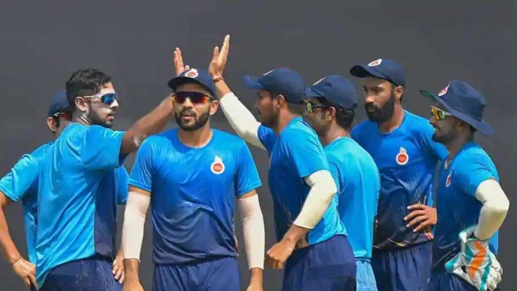 विजय हजारे ट्रॉफी के लिए दिल्ली की टीम घोषित, शिखर धवन को नहीं मिला जगह, ये खिलाड़ी बना कप्तान 3