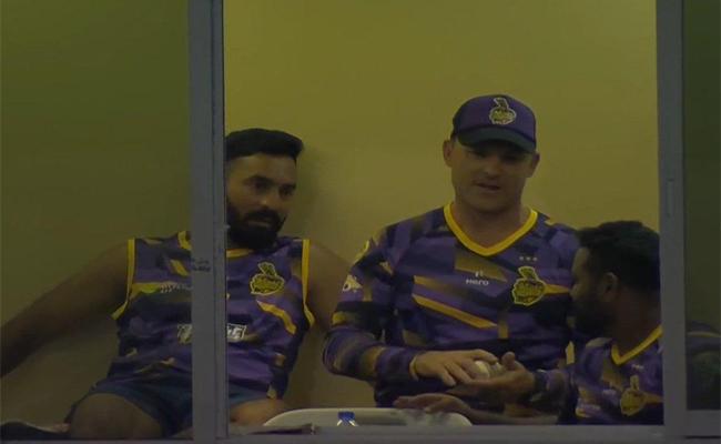 दिनेश कार्तिक के सीपीएल मैच के दौरान मौजूद रहने पर बीसीसीआई ने सुनाया अपना फैसला 12