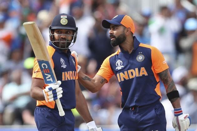5 भारतीय बल्लेबाज जो 40 से 50 ओवर के बीच करते हैं सबसे ज्यादा स्ट्राइक रेट से बल्लेबाजी 5