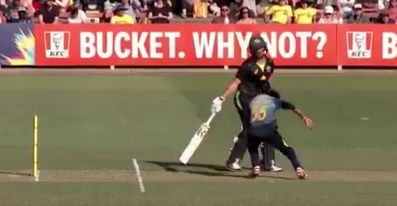 वीडियो : श्रीलंका की ये महिला खिलाड़ी बनी रविचंद्रन अश्विन, मांकडिंग का किया उपयोग 1