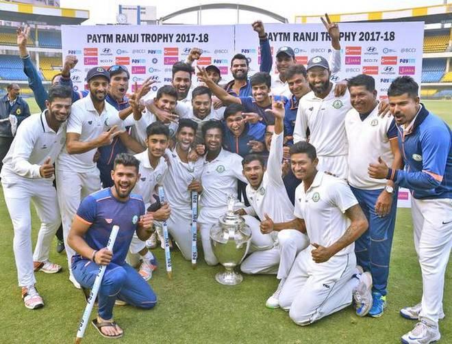 बीसीसीआई ने ऑल इंडिया रेडिओ से किया करार, फिर रेडियो पर सुन सकेंगे क्रिकेट की कमेंट्री 2