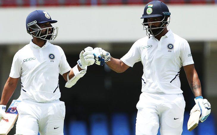 कोरोना वायरस के कहर के बीच मैदान पर उतरा ये भारतीय खिलाड़ी, जड़ा दोहरा शतक 14