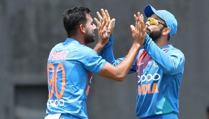 3 खिलाड़ी, जिन्हें इस टी-20 सीरीज में विराट कोहली ने बना दिया टूरिस्ट, नहीं दिया एक भी मौका 14
