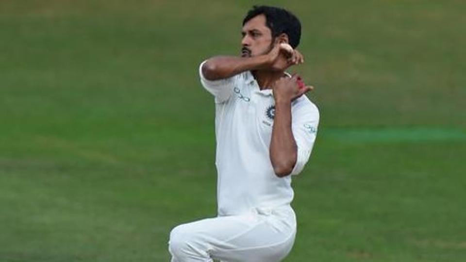 IND A vs SA A: बारिश की वजह से समय से शुरू नहीं हो सका खेल, फिर शहबाज नदीम ने किया कुछ ऐसा जीत के करीब पहुंचा भारत 4