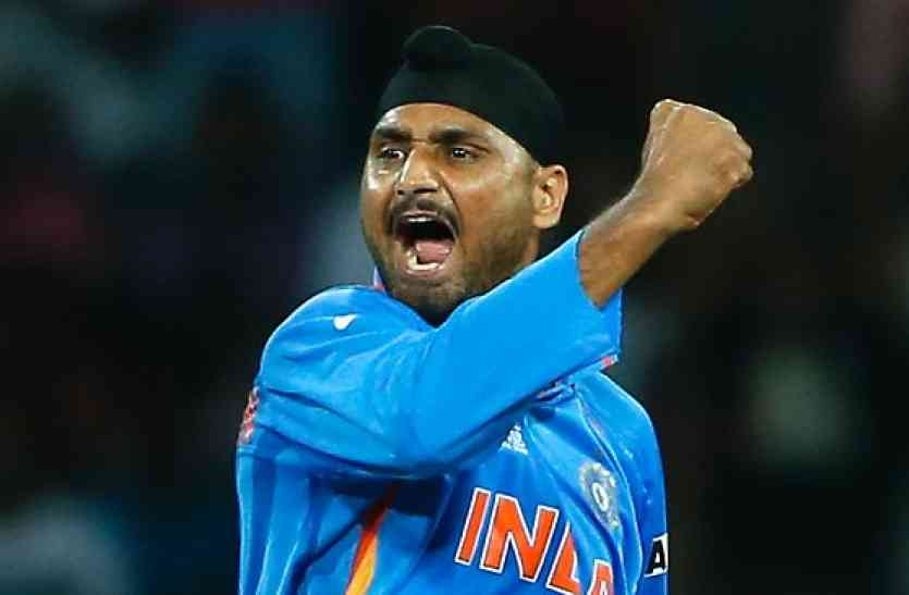 हरभजन सिंह ने कहा इंग्लिश समझ नहीं आती थी, फिर इस खिलाड़ी ने की मदद 5