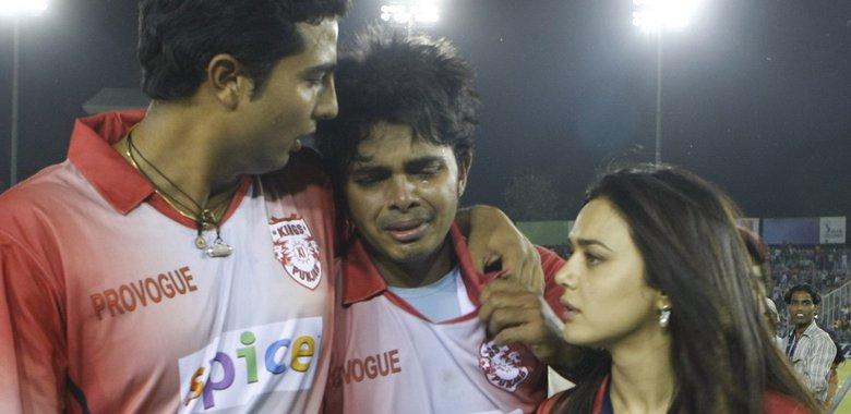 11 साल पहले हरभजन सिंह ने जड़ा था थप्पड़ अब श्रीसंत को दिया शुभकामनाएं 1