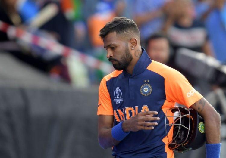 हार्दिक पंड्या ने शेयर की थ्रो बैक फोटो, लोगों को दिखाया किस संघर्ष से गुजर बनाया टीम इंडिया में जगह