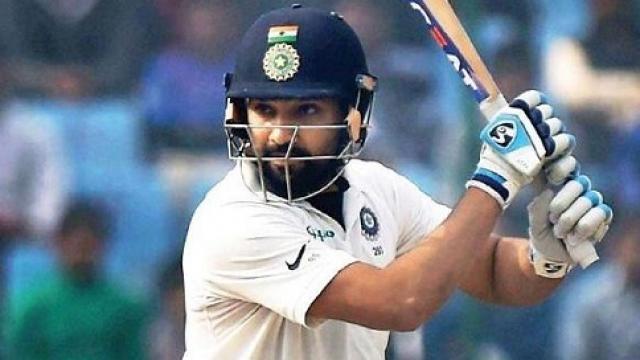 विराट और शास्त्री पर बढ़ा दबाव इन 2 दिग्गजों ने की रोहित से टेस्ट में पारी की शुरुआत कराने की मांग 11