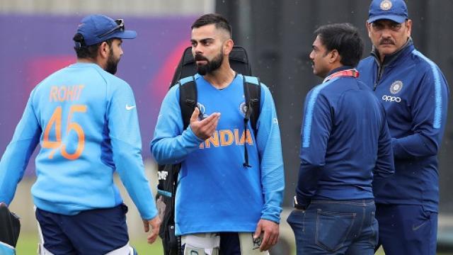 संजय बांगर ने कहा विराट कोहली और रोहित शर्मा में नहीं है कोई मुकाबला 9