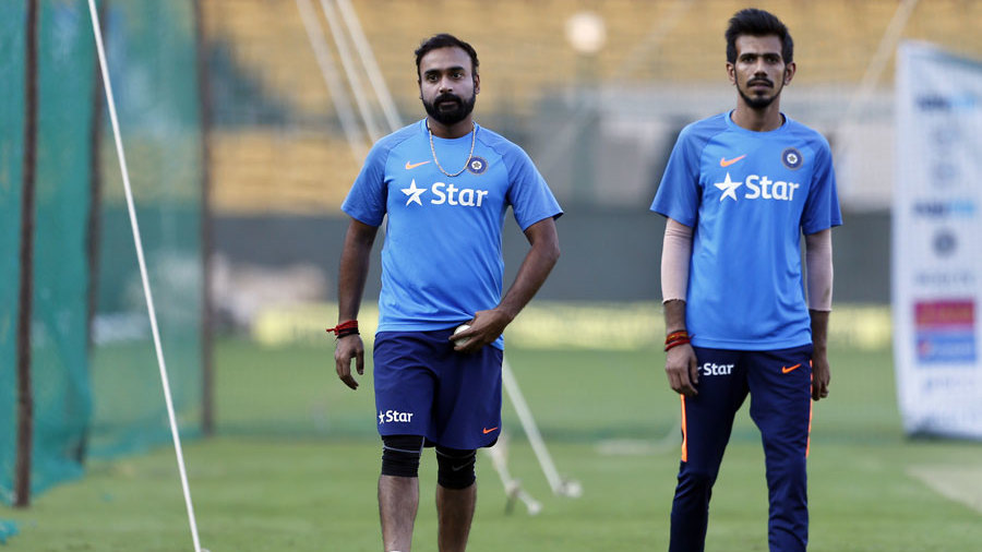 विजय हजारे ट्रॉफी में इंटरनेशल सितारों से सजी टीम हुई केवल 49 रनों पर ढेर 3