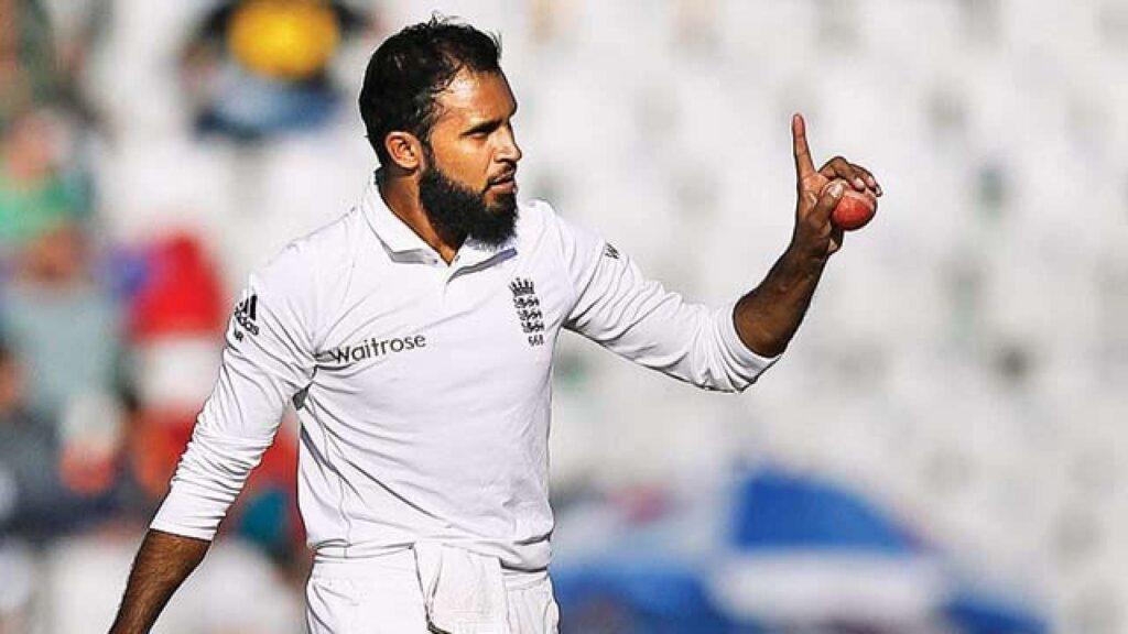 इंग्लैंड टीम के कोच क्रिस सिल्वरवुड चाहते हैं कि ये खिलाड़ी करे टेस्ट क्रिकेट में वापसी 3