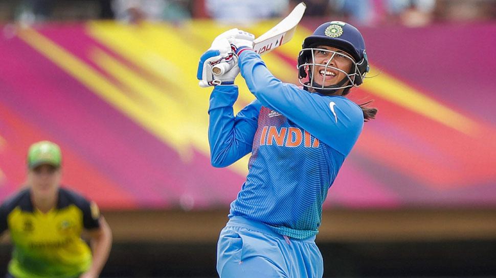 INDvAUS : भारतीय टीम को लगा बड़ा झटका, स्मृति मंधाना हुई गंभीर रूप से चोटिल 4