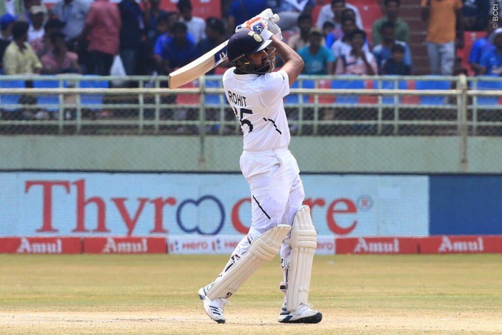 IND vs SA: ताबड़तोड़ दूसरी शतकीय पारी खेल ऐसा करने वाले दुनिया के पहले बल्लेबाज बने रोहित शर्मा 1