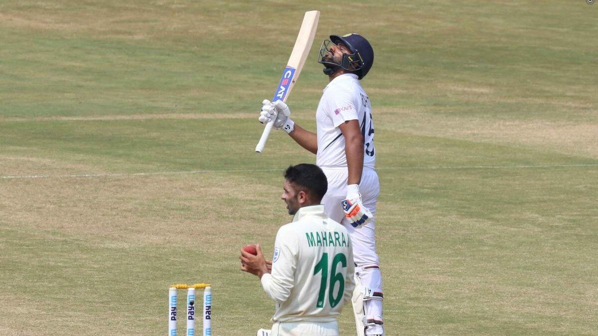 IND vs SA: ताबड़तोड़ दूसरी शतकीय पारी खेल ऐसा करने वाले दुनिया के पहले बल्लेबाज बने रोहित शर्मा