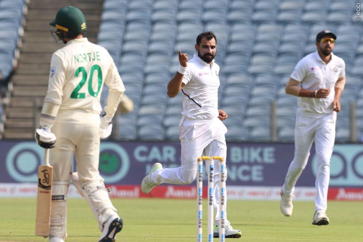 INDvsSA, तीसरा दिन : पहले सत्र में भारत ने झटके 3 विकेट, साउथ अफ्रीका का स्कोर 136/6 रन 9